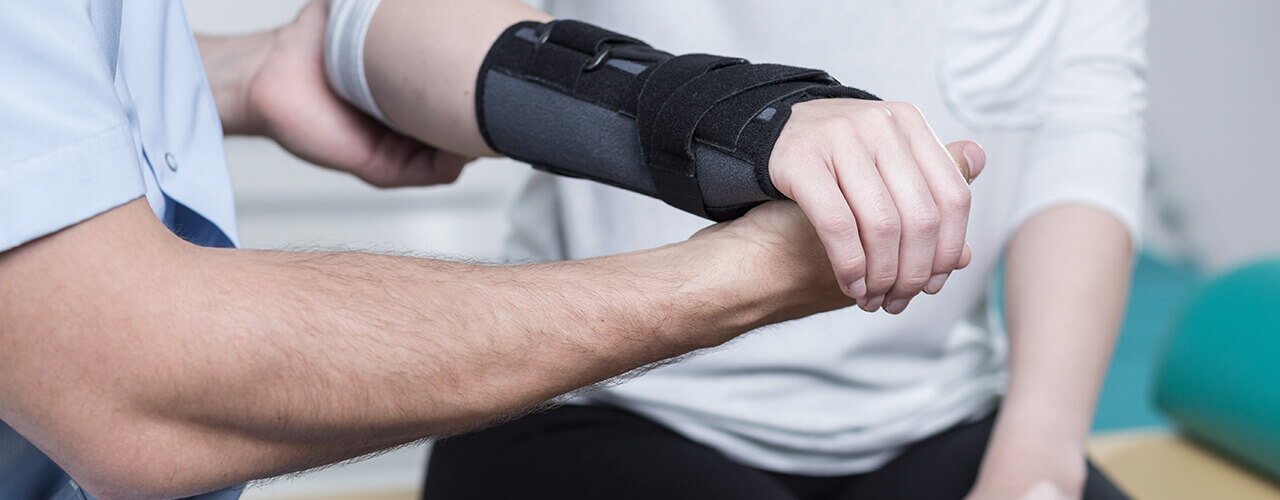 Elbow Wrist & Hand Pain Relief Bedford, Manchester, Londonderry, and Nashua, NH